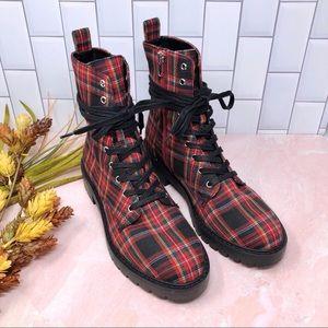 Steve Madden Grid Tartan Plaid Combat Lace Up Boot